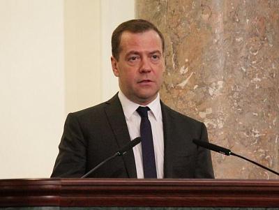 Потенциал восстановительного роста экономикиРФ исчерпан— Медведев